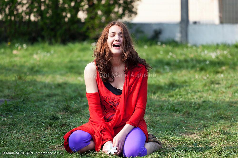 """Déborah RÉVY - tournage scène libre """"Mercenaire"""" de Sacha WOLFF - emergence 2012"""