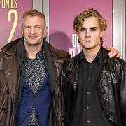 NLD/Amsterdam/20191007 - Premiere van De Alex Klaasen Revue - Showponies 2, Bart Oomen en zijn zoon