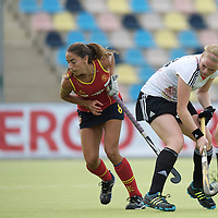 MONCHENGLADBACH - Junior World Cup<br /> Pool D: Germany - Spain<br /> photo: Sophia Willig (white) and Carolla Salvatella (red).<br /> COPYRIGHT  FFU PRESS AGENCY/ FRANK UIJLENBROEK