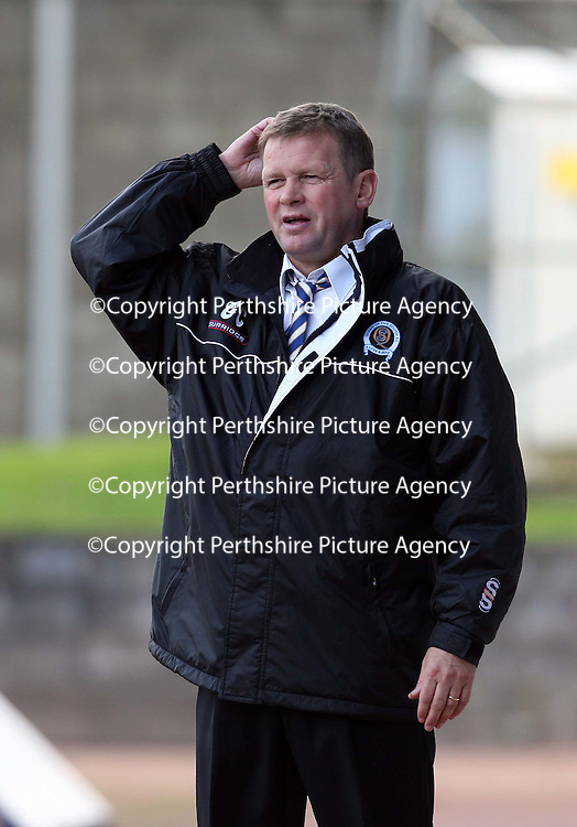 St Johnstone v Queen of the South....20.10.07<br /> Gordon Chisholm scratches his head<br /> <br /> Picture by Graeme Hart.<br /> Copyright Perthshire Picture Agency<br /> Tel: 01738 623350  Mobile: 07990 594431