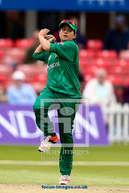 Sana Mir of Pakistan in delivery stride during the Royal London One Day Series match at Fischer County Ground, Leicester<br /> Picture by Andy Kearns/Focus Images Ltd 0781 864 4264<br /> 21/06/2016