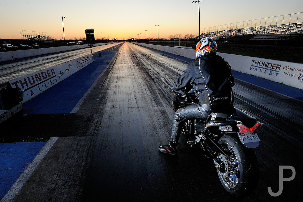 Kawasaki ZX-14 owned & ridden by Bryan Workman with mods by Tommy Bolton at Thunder Valley Raceway drag strip in Noble, Oklahom