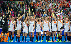 The Dutch team acknowledge the crowd before the match. England v The Netherlands - Final Unibet EuroHockey Championships, Lee Valley Hockey & Tennis Centre, London, UK on 30 August 2015. Photo: Simon Parker