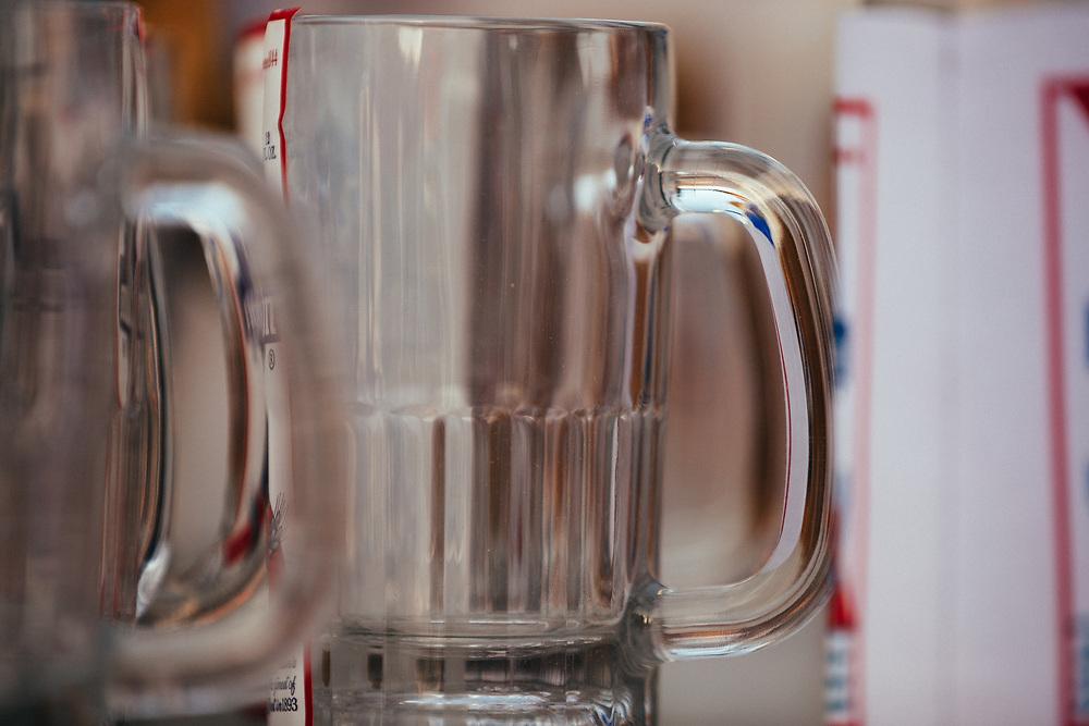 A close-up of the 2015 Gelande Quaff beer mugs.