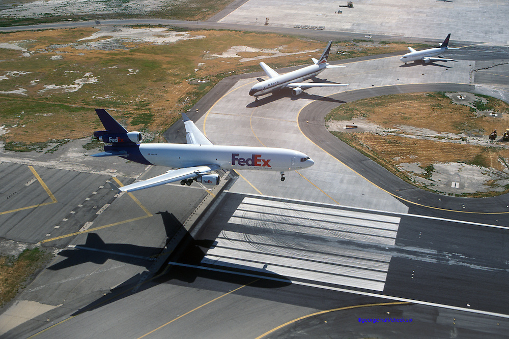 FedEx MD-11C landing Salt Lake City
