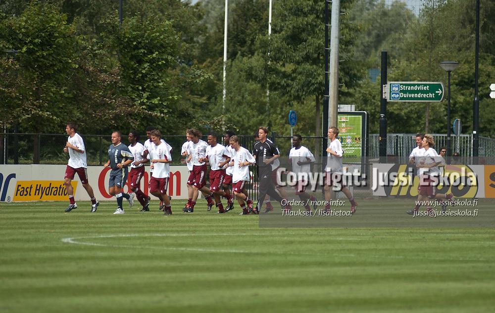 Ajax. Reservijoukkue. Amsterdam. 8/2003. Photo: Jussi Eskola