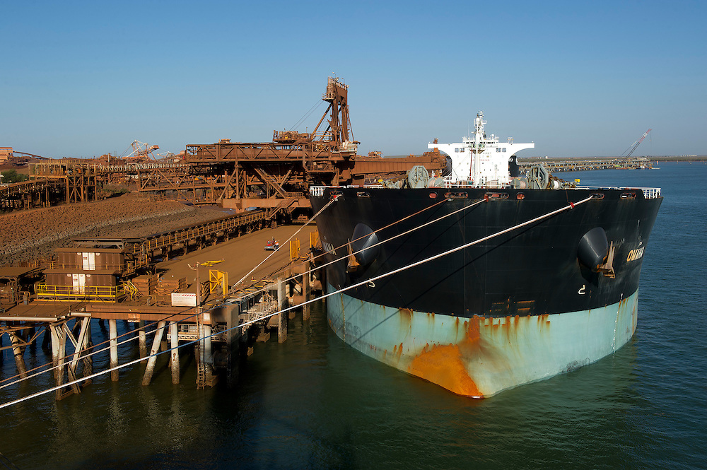 Port Hedland, Pilbara, Western Australia - Photograph by David Dare Parker °SOUTH