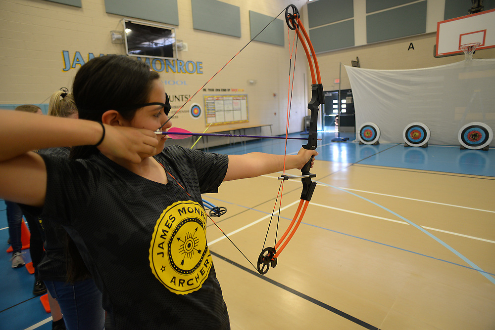 apl050817e/SPORTS/pierre-louis/JOURNAL 050817<br /> James Monroe Middle School Archery Samantha Cordova,, 12, is seen at  practice . The team recently won a state championship and  will compete in Kentucky May 11 -14  .Photographed on Monday May 8 2017. .Adolphe Pierre-Louis/JOURNAL