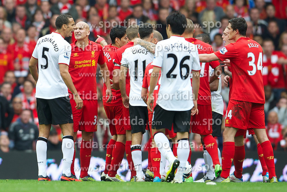 23.09.2012, Anfield, Liverpool, ENG, Premier League, FC Liverpool vs Manchester United, 5. Runde, im Bild Liverpool's Jonjo Shelvey clashes with Manchester United's Rio Ferdinand who told the referee to send him off during the English Premier League 5th round match between Liverpool FC and Manchester United at Anfield, Liverpool, Great Britain on 2012/09/23. EXPA Pictures © 2012, PhotoCredit: EXPA/ Propagandaphoto/ David Rawcliff..***** ATTENTION - OUT OF ENG, GBR, UK *****