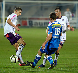 17.03.2012, Stadion, Wiener Neustadt, AUT, 1. FBL, SC Wiener Neustadt vs FK Austria Wien, im Bild Florian Klein, (FK Austria Wien, #7) vs Andreas Schicker, (SC Magna Wiener Neustadt, #16) // during the Austrian Bundesliga Match, SC Wiener Neustadt against FK Austria Wien, Stadium, Wiener Neustadt near Vienna, Austria on 2012-03-17, EXPA Pictures © 2012, PhotoCredit: EXPA/ S. Woldron