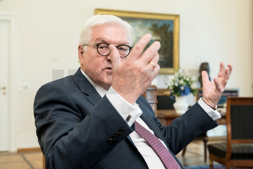02 JUL 2018, BERLIN/GERMANY:<br /> Frank-Walter Steinmeier, Bundespraesident, waehrend einem Interview, Amtszimmer des Bundespraesidenten, Schloss Bellevue<br /> IMAGE: 20180702-01-055<br /> KEYWORDS: Bundespräsident