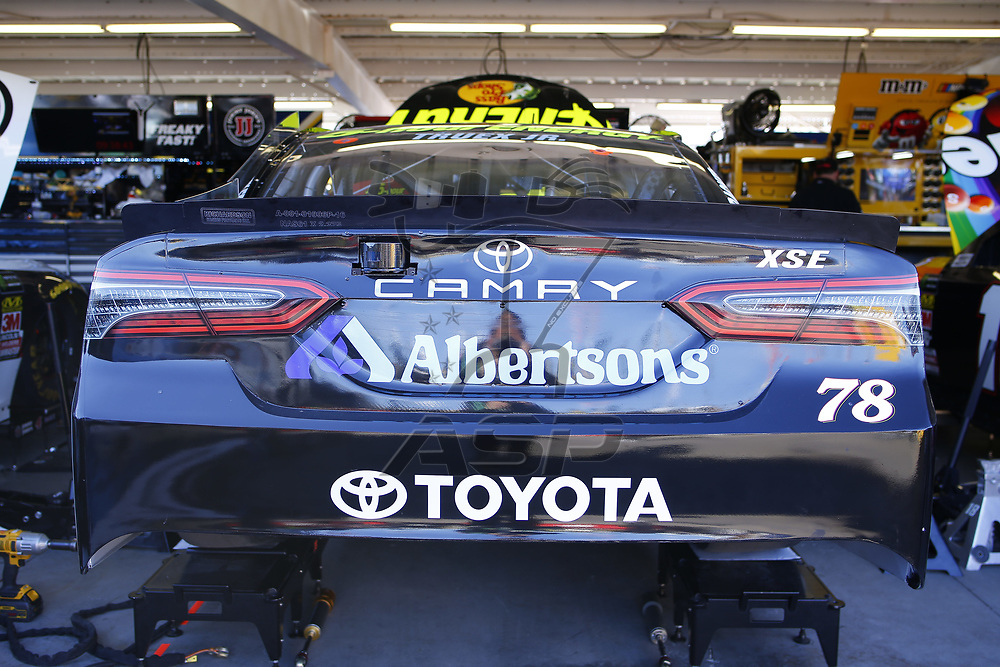 March 09, 2018 - Avondale, Arizona, USA: The Monster Energy NASCAR Cup Series teams take to the track for the Ticket Guardian 500(k) at ISM Raceway in Avondale, Arizona.