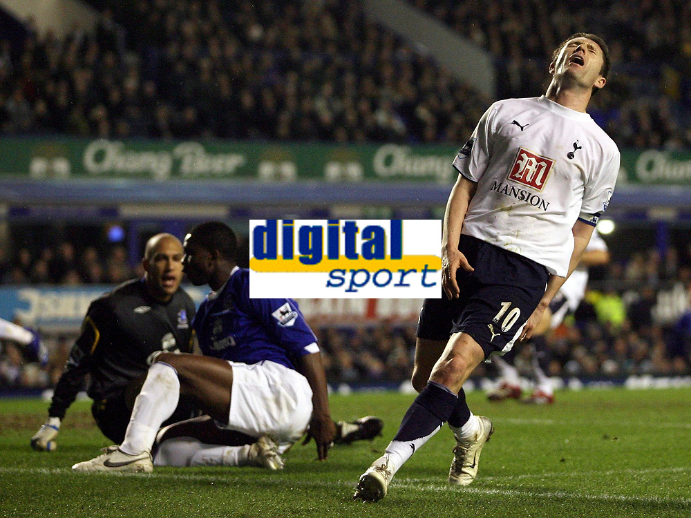 Photo: Paul Thomas.<br /> Everton v Tottenham Hotspur. The Barclays Premiership. 21/02/2007.<br /> <br /> Robbie Keane (R) of Tottenham can't believe he has missed a great goal scoring chance.