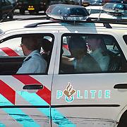 Aanhouding na achtervolging vanuit Almere in Huizen, motorrijder aangereden, een waarschuwingsschot