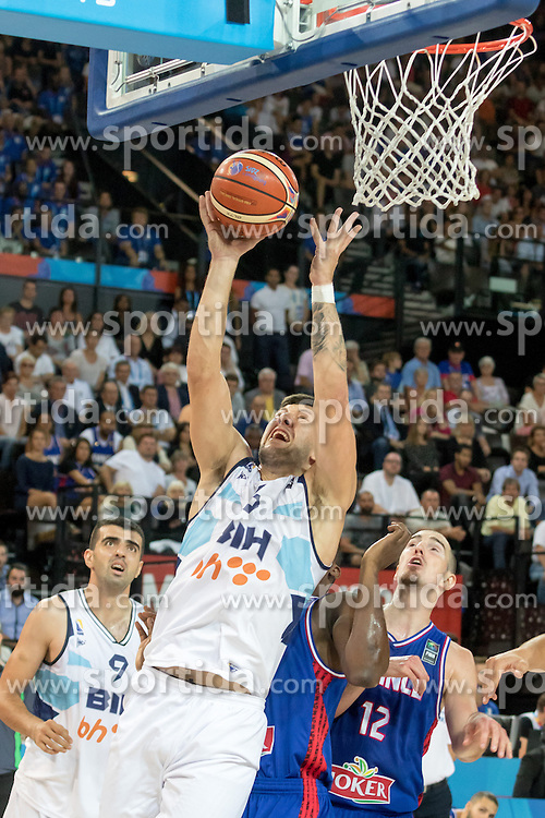 06.09.2015, Park Suites Arena, Montpellier, FRA, Bosnien und Herzegowina vs Frankreich, Gruppe A, im Bild ANDRIJA STIPANOVIC (6) // during the FIBA Eurobasket 2015, group A match between Bosnia an Herzegowina and France at the Park Suites Arena in Montpellier, France on 2015/09/06. EXPA Pictures &copy; 2015, PhotoCredit: EXPA/ Newspix/ Pawel Pietranik<br /> <br /> *****ATTENTION - for AUT, SLO, CRO, SRB, BIH, MAZ, TUR, SUI, SWE only*****