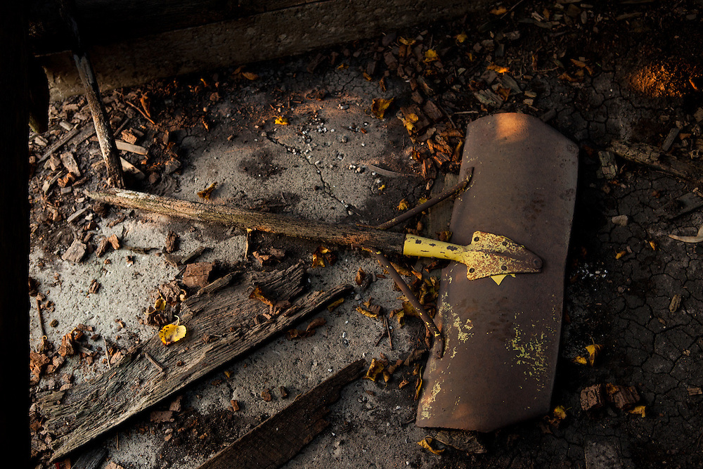 Broken Shovel. Barn details. <br />