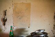 Salto da Divisa_MG, Brasil...Escrita na parede de uma casa em Salto da Divisa, Minas Gerais...Writing on the wall of a house in Salto da Divisa, Minas Gerais. ..Foto: LEO DRUMOND / NITRO