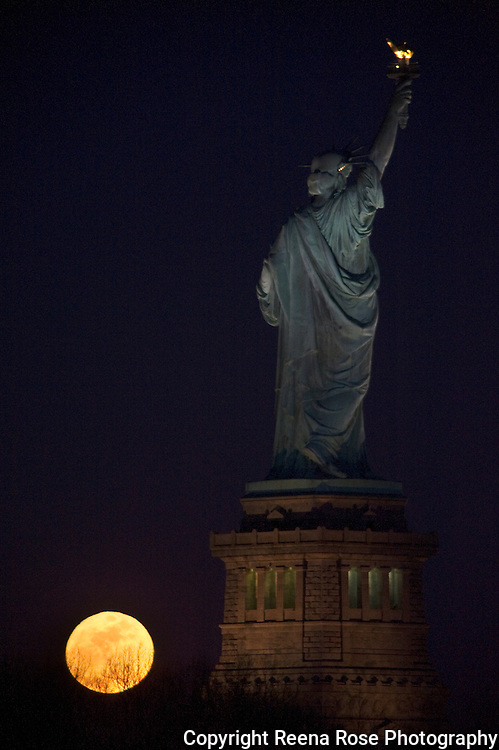 Supermoon Rising and the Statue of Liberty,<br /> Liberty State Park<br /> Jersey City, NJ