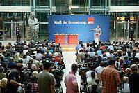 """30 SEP 2006, BERLIN/GERMANY:<br /> Kurt Beck, SPD Parteivorsitzender, waehrend seiner Rede, vor dem Slogan """"Kraft der Erneuerung"""", SPD Konferenz der Unterbezirksvorsitzenden zum Grundsatzprogramm und zur Mitgliederwerbekampagne, Willy-Brandt-Haus<br /> IMAGE: 20060930-01-044<br /> KEYWORDS: speech, Übersicht, Uebersicht, Publikum,"""