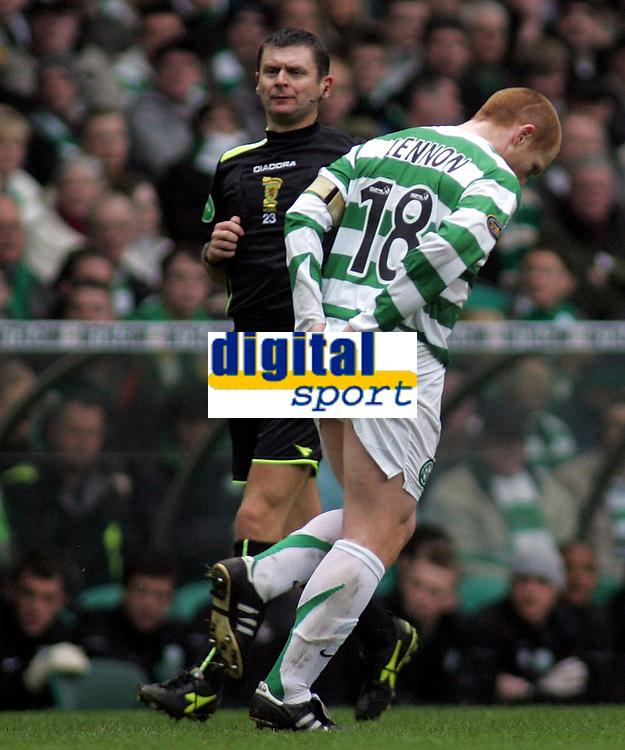 Photo: Paul Thomas.<br /> Glasgow Celtic v Glasgow Rangers. Bank of Scotland Scottish Premier League. 11/03/2007.c<br /> <br /> Captain Neil Lennon of Celtic holds his arse in the direction of the Ranger fans.