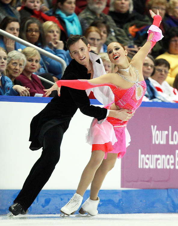 20101029 -- Kingston, Ontario --  Kristina Gorshkova and Vitali Butikov of Russia skate their short dance in the ice dance competition at the 2010 Skate Canada International in Kingston, Ontario, Canada, October 29, 2010.<br /> AFP PHOTO/Geoff Robins