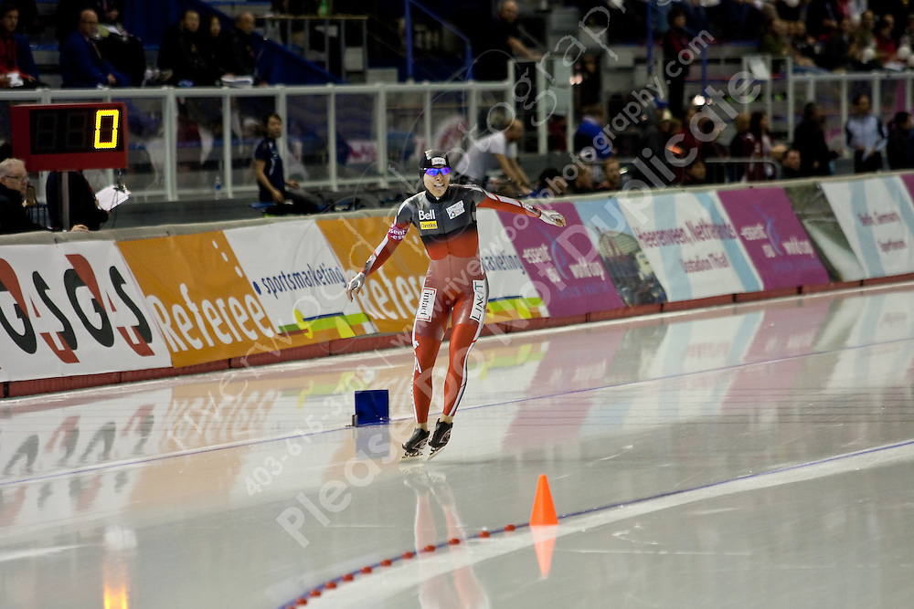 Calgary - December 5, 2009 - Essent ISU World Cup Speedskating at the Olympic Oval in Calgary.  Shannon Rempel of Canada races in the A Division of the women's 1500m event.  Rempel finished 14th in 1:56.31...©2009, Sean Phillips.http://www.Sean-Phillips.com