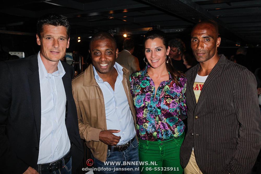 NLD/Amsterdam/20120531 - Presentatie kledinglijn Johan Cruijff Apparel Collection, Wim Jonk, Bryan Roy en Quinty en partner Orlando Trustfull