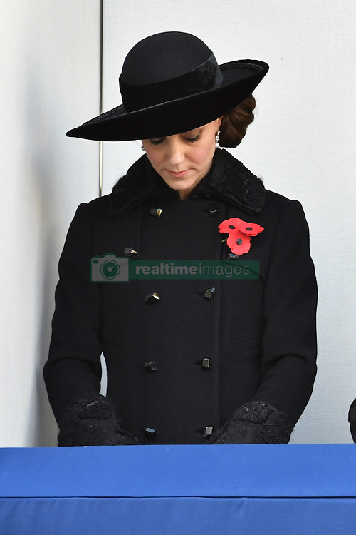Catherine, Herzogin von Cambridge beim Remembrance Sunday in London / 131116 *** Remembrance Sunday, London, 13 Nov 2016 ***