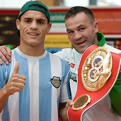 20100406: SLO, Open Practice of boxers Dejan Zavec, SLO and Rodolfo Ezequiel Martinez, ARG