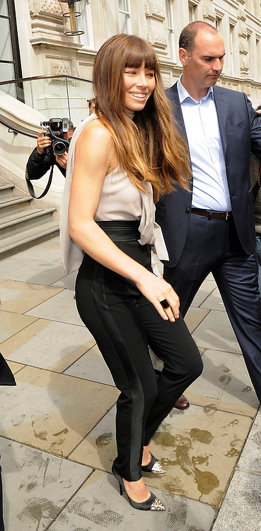 16.AUGUST.2012. LONDON<br /> <br /> JESSICA BIEL LEAVES THE CORINTHIA HOTEL AHEAD OF THE UK PREMIERE OF 'TOTAL RECALL.<br /> <br /> BYLINE: EDBIMAGEARCHIVE.CO.UK<br /> <br /> *THIS IMAGE IS STRICTLY FOR UK NEWSPAPERS AND MAGAZINES ONLY*<br /> *FOR WORLD WIDE SALES AND WEB USE PLEASE CONTACT EDBIMAGEARCHIVE - 0208 954 5968*  *** Local Caption ***