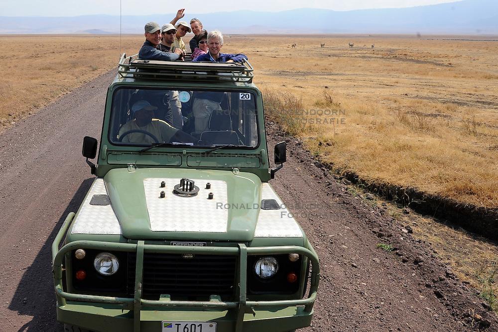 24-10-2008 REPORTAGE: KILIMANJARO CHALLENGE 2008: TANZANIA <br /> De dag van De Ngorongoro-krater, de grootste intakte caldera (ingestorte vulkaankegel) ter wereld. Hij bevindt zich ten noordwesten van Arusha in Tanzania<br /> &copy;2008-FotoHoogendoorn.nl