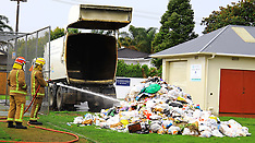 Auckland-Rubbish load catches fire, Point Chevalier