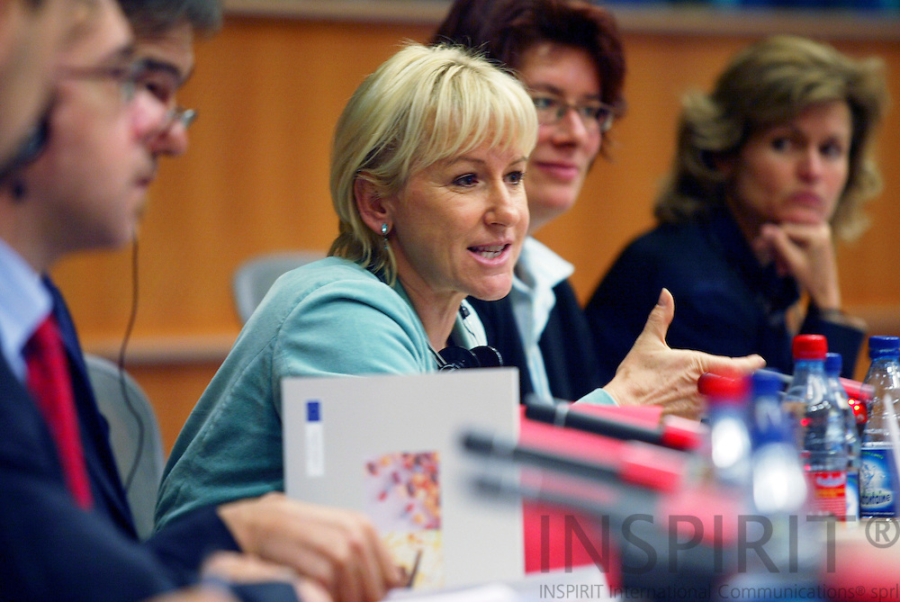 BRUSSELS - BELGIUM - 04 OCTOBER 2005 -- Margot WALLSTROM (Wallström, Wallstroem) Commissioner for information strategy meeting with the Committee on Culture and Education in the EU Parl.  PHOTO: ERIK LUNTANG / INSPIRIT..