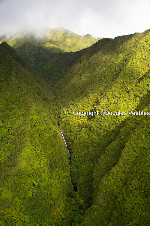 Lulumahu Falls, Nuuanu Valley, Oahu, Hawaii