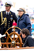 Prinses Beatrix aan roer Groene Draeck