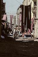 Afghanistan. Kabul. the communist regime  / city life in the bazar    / Le regime communiste  scenes de rue dans le bazar  Kaboul  Afghanistan 26700 15 / 26700 20  /     Afg26700 15  /  R20405  /  P124807