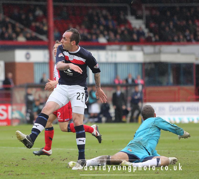 Mark Stewart  scores - Dundee v Kilmarnock -  Clydesdale Bank Scottish Premier League . .© David Young - www.davidyoungphoto.co.uk - email: davidyoungphoto@gmail.com