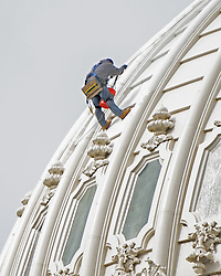 October 6, 2018 - Washington, District of Columbia, U.S. - A construction worker paints the exterior of the United States Capitol dome in Washington, DC on Saturday, October 6, 2018. .Credit: Ron Sachs / CNP (Credit Image: © Ron Sachs/CNP via ZUMA Wire)