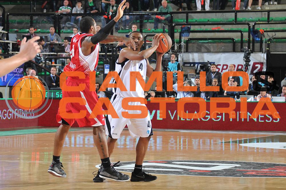 DESCRIZIONE : Treviso Eurocup Finals 2010-11 Semifinale Semifinal Unics Cedevita Zagreb<br /> GIOCATORE : Terrell Lyday<br /> SQUADRA : Unics Cedevita Zagreb Sevilla<br /> EVENTO : Unics Cedevita Zagreb<br /> GARA : Unics Cedevita Zagreb<br /> DATA : 16/04/2011<br /> CATEGORIA : Passaggio<br /> SPORT : Pallacanestro <br /> AUTORE : Agenzia Ciamillo-Castoria/M.Gregolin<br /> GALLERIA: Eurocup 2011 -2011<br /> FOTONOTIZIA: Treviso Eurocup Finals 2010-11 Semifinale Semifinal Unics Cedevita Zagreb<br /> PREDEFINITA: