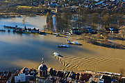 Nederland, Overijssel, Deventer, 20-01-2011. Zicht op Deventer met in de achtergrond het buitendijks aan de IJssel gelegen park De Worp..Het Worpplantsoen is onderdeel van de stadswijk De Hoven. Het in het park gelegen IJsselhotel is door het hoogwater alleen nog per boot te bereiken...View on the flooded park De Worp. The hotel (IJsselhotel) in the park can only be reached by boat, due to the high waters of the river IJssel. Bottom image the old town of Deventer..luchtfoto (toeslag), aerial photo (additional fee required).copyright foto/photo Siebe Swart