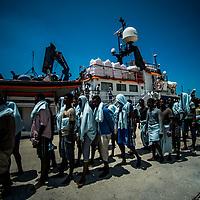 Migrants_07_Landing in Reggio Calabria
