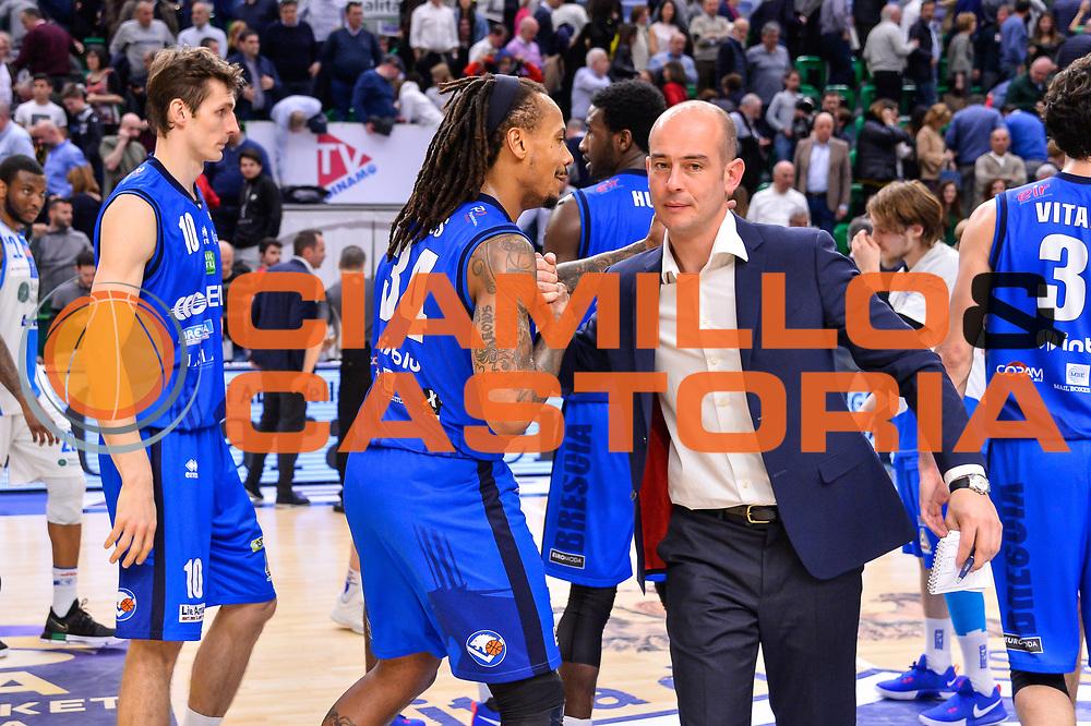 David Moss, Giacomo Baioni<br /> Banco di Sardegna Dinamo Sassari - Germani Basket Leonessa Brescia<br /> Legabasket Serie A LBA PosteMobile 2017/2018<br /> Sassari, 08/04/2018<br /> Foto L.Canu / Ciamillo-Castoria