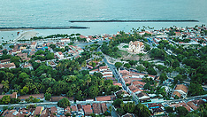 Vista da Praça e Igreja do Carmo
