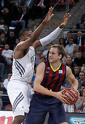 05.10.2013, Fernando Buesa Arena, Vitoria Gazteiz, ESP, Supercopa ACB, FC Barcelona vs Real Madrid, Finale, im Bild FC Barcelona's Brad Oleson (r) and Real Madrid's Marcus Slaughter // during the Supercopa ACB Final match between Barcelona FC vs Real Madrid at the Fernando Buesa Arena in Vitoria Gazteiz, Spain on 2013/10/05. EXPA Pictures © 2013, PhotoCredit: EXPA/ Alterphotos/ Acero<br /> <br /> ***** ATTENTION - OUT OF ESP and SUI *****
