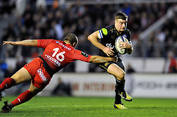 George Ford of Bath Rugby looks to get past Anthony Etrillard of Toulon - Mandatory byline: Patrick Khachfe/JMP - 07966 386802 - 10/01/2016 - RUGBY UNION - Stade Mayol - Toulon, France - RC Toulon v Bath Rugby - European Rugby Champions Cup.