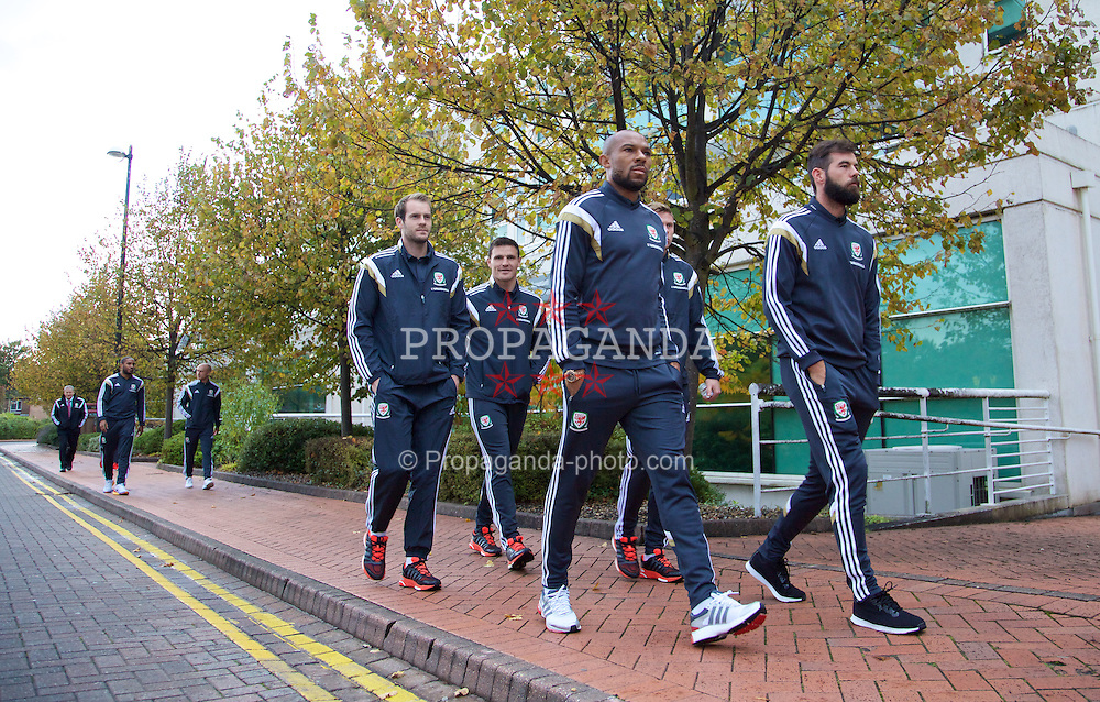 CARDIFF, WALES - Friday, October 10, 2014: Wales' goalkeeper Owain Fon Williams, Daniel Gabbidon and Joe Ledley on a pre-match walk around Cardiff Bay ahead of the UEFA Euro 2016 qualifying match against Bosnia and Herzegovina. (Pic by David Rawcliffe/Propaganda)