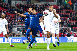 Callum Wilson of England challenges Weston McKennie of USA - Mandatory by-line: Robbie Stephenson/JMP - 15/11/2018 - FOOTBALL - Wembley Stadium - London, England - England v United States of America - International Friendly