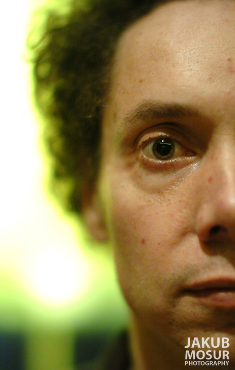 """Malcolm Gladwell, author of """"The Tipping Point'' pegged to his new book, """"Blink,'' about the power of first impressions and why they're often more valid than judicious study..Event on 1/17/05 in San Francisco...JAKUB MOSUR / The Chronicle"""