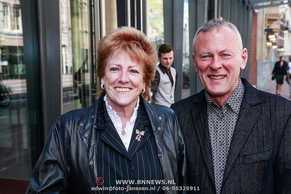 NLD/Amsterdam/20130428 - Premiere Jon en de Jongens, Pamela Teves en ............
