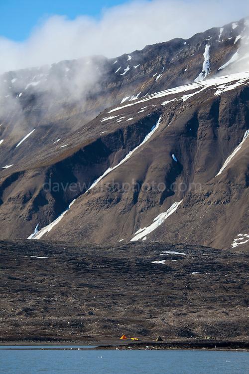 Tents and kayaks, Isjforden, Svalbard